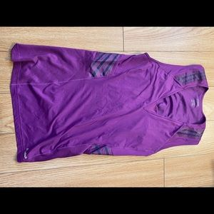 Work out top size L vintage$24 for 4